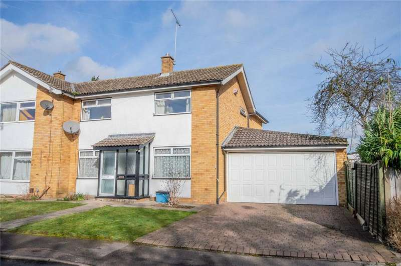 4 Bedrooms Semi Detached House for sale in Stane Close, Bishop's Stortford, Hertfordshire, CM23
