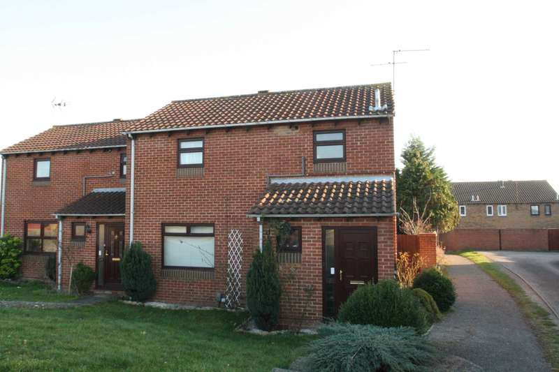 3 Bedrooms Semi Detached House for sale in Chilcombe Way, Lower Earley