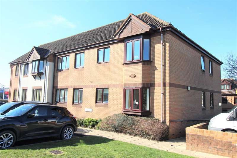 2 Bedrooms Flat for sale in Midland Way, Thornbury, Bristol, BS35 2BY
