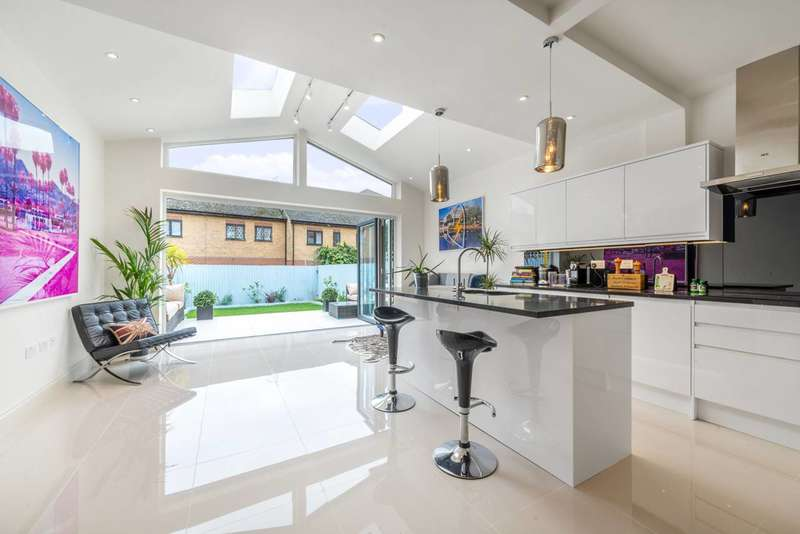 4 Bedrooms House for sale in Dalgarno Gardens, North Kensington, W10
