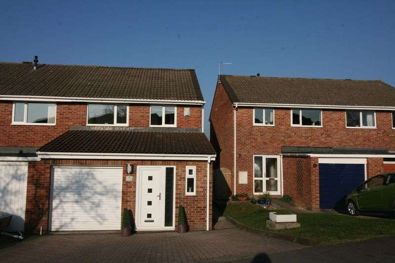 3 Bedrooms Property for sale in Church Hayes Close, Nailsea