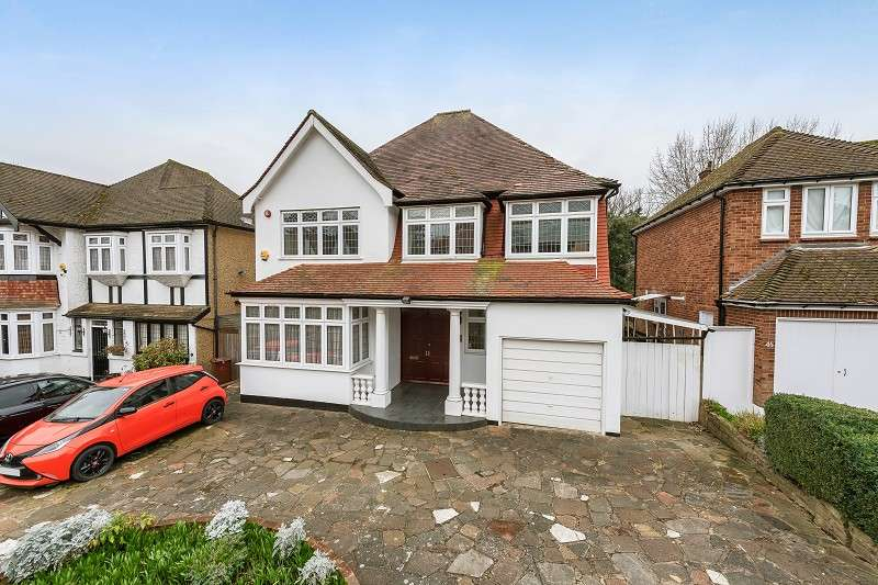 6 Bedrooms Detached House for sale in Lake View, Edgware, Greater London. HA8 7SA