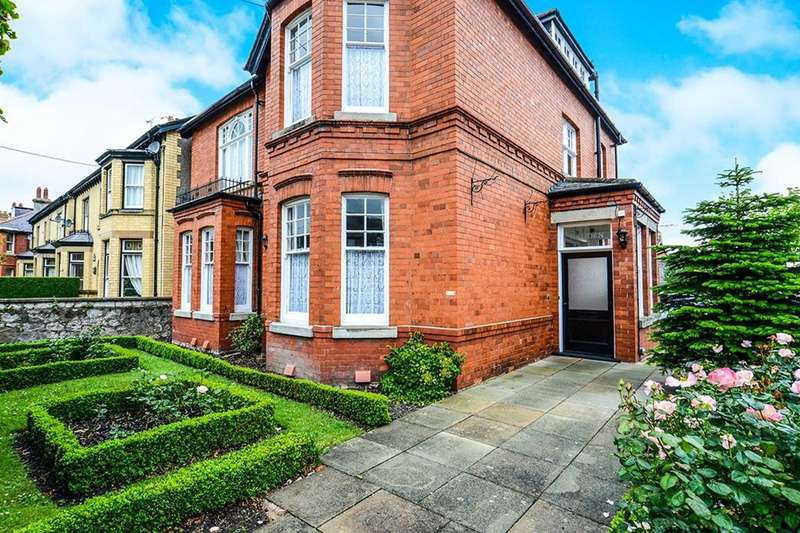 6 Bedrooms Detached House for sale in Groes Lwyd, Abergele, LL22