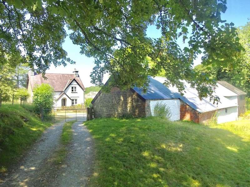 3 Bedrooms Detached House for sale in Llangammarch Wells, Powys