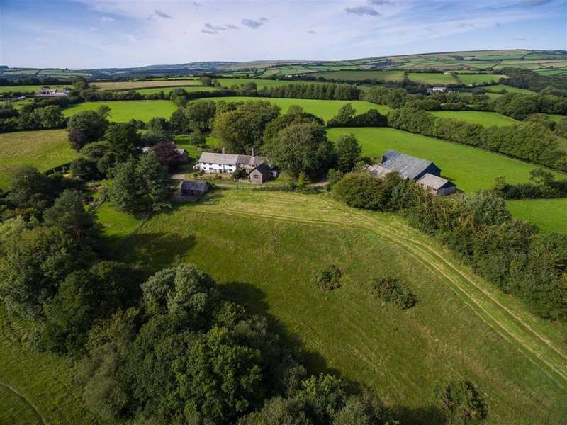 5 Bedrooms Detached House for sale in North Molton, North Molton, South Molton, Devon, EX36