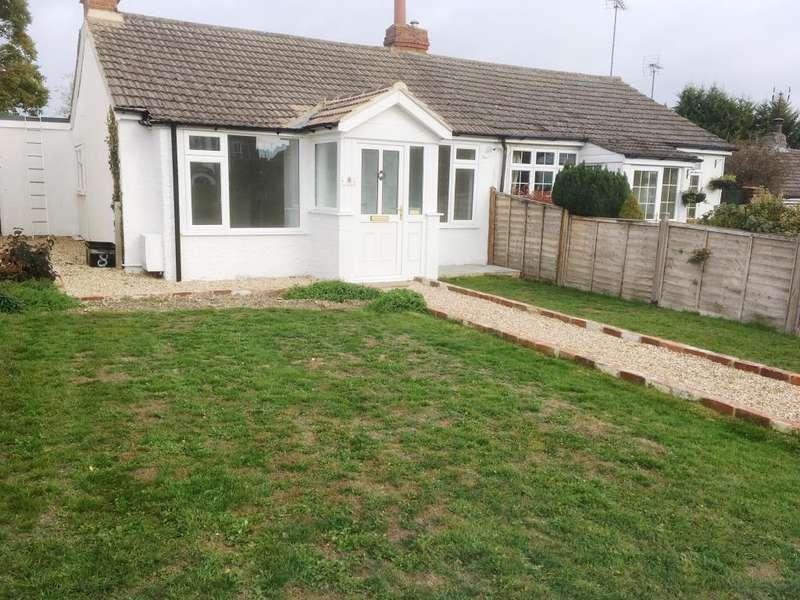 2 Bedrooms Bungalow for sale in Colemans Moor Lane, Woodley, RG5