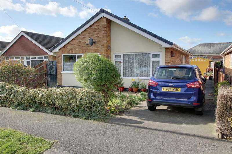 3 Bedrooms Detached Bungalow for sale in Rutland Road, Mablethorpe