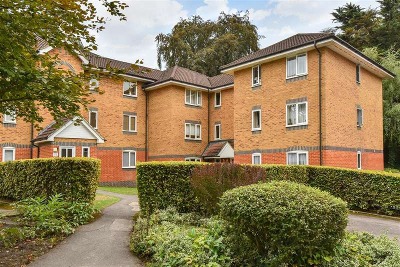 1 Bedroom Apartment Flat for sale in Masefield Gardens, Crowthorne