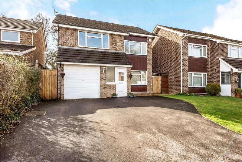 4 Bedrooms Detached House for sale in Brookfields, West Wellow, Romsey, Hampshire, SO51