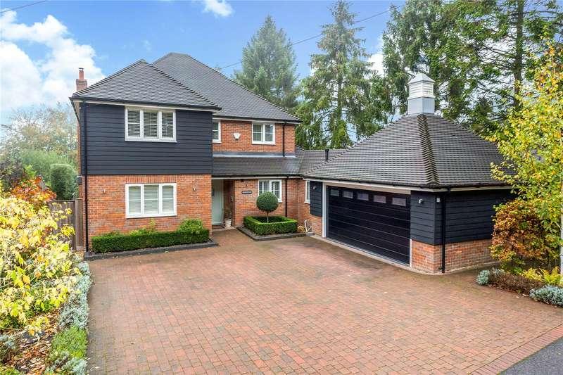 4 Bedrooms Detached House for sale in Hammersley Lane, Penn, Buckinghamshire, HP10