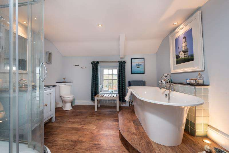 5 Bedrooms Semi Detached House for sale in Oxford Street, Woodstock, Oxfordshire
