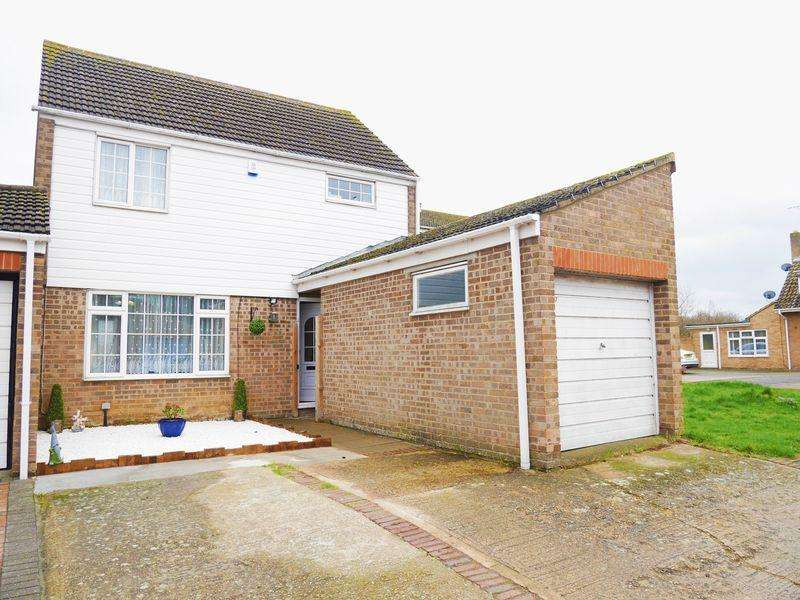 3 Bedrooms House for sale in Rochford Gardens, Slough