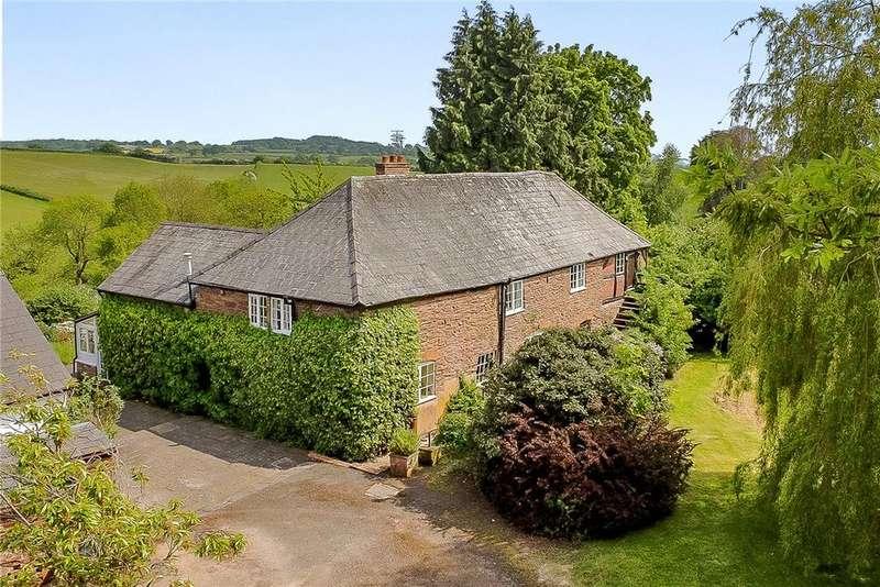 5 Bedrooms Detached House for sale in Kimbolton, Leominster, HR6