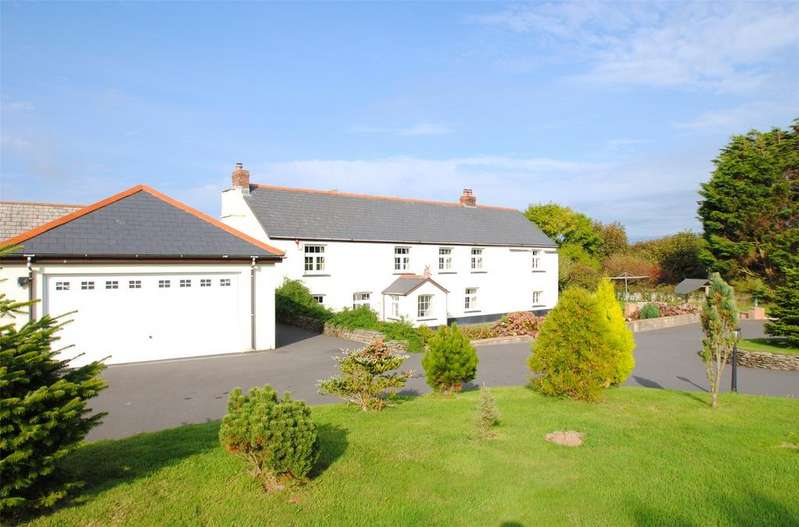 5 Bedrooms Detached House for sale in Mullacott Cross, Nr. Woolacombe