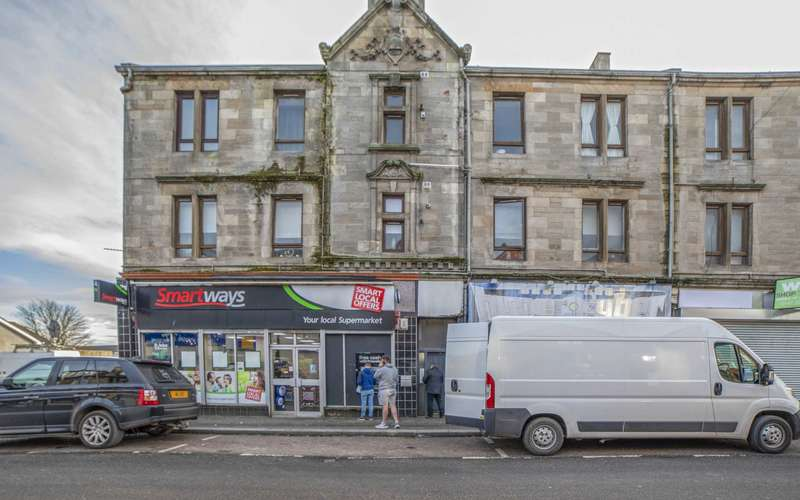 2 Bedrooms Flat for sale in Main Street, High Blantyre, Glasgow