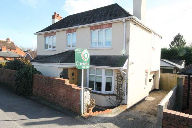 4 Bedrooms Detached House for sale in Kiln Road, Newbury, RG14