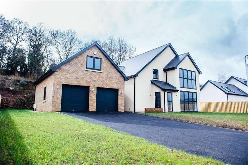 4 Bedrooms Detached House for sale in Grey Hill Court, Caerwent, Caldicot