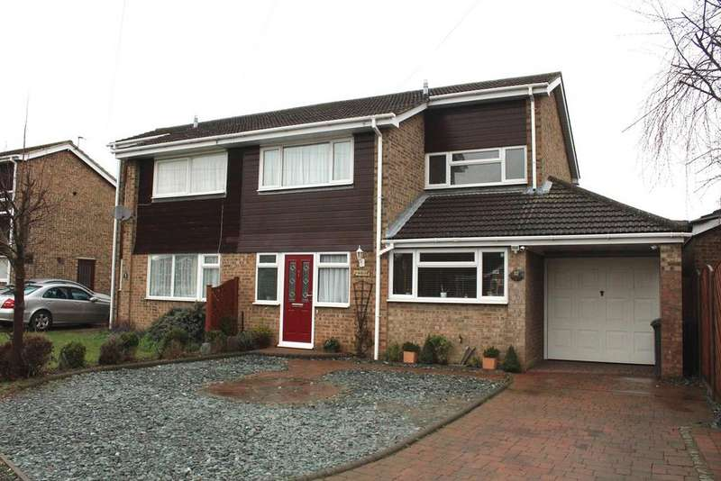 3 Bedrooms Semi Detached House for sale in Beech Avenue, Biggleswade, SG18