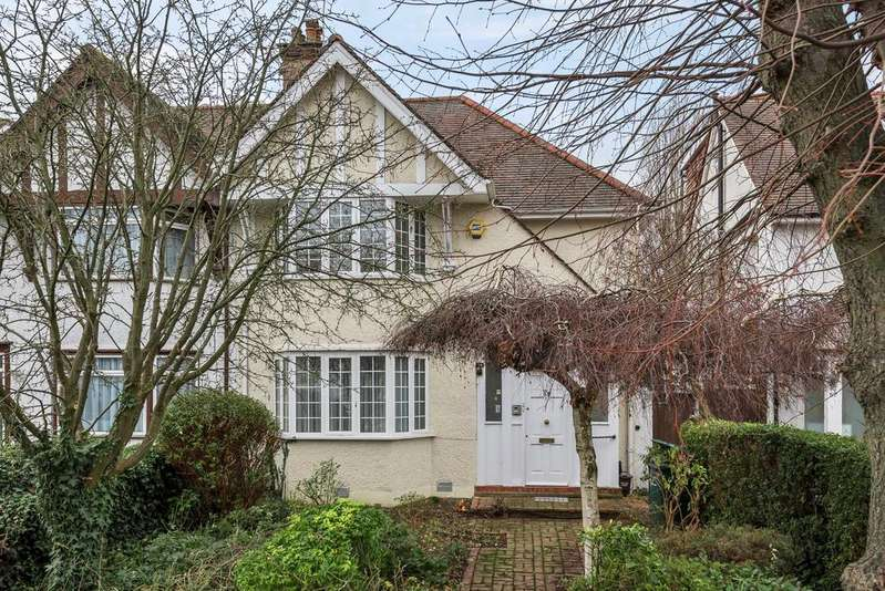 3 Bedrooms Terraced House for sale in Greenfield Gardens, London, NW2