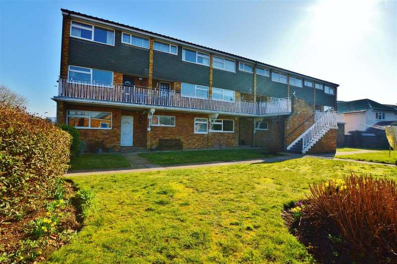 2 Bedrooms Flat for sale in Gibson Court, Ditton Road, Langley