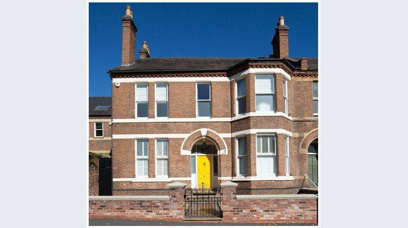 6 Bedrooms Semi Detached House for sale in Warwick Place, Leamington Spa