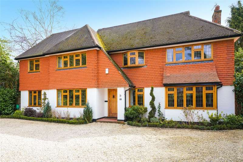 6 Bedrooms Detached House for sale in Oxshott Rise, Cobham, Surrey, KT11