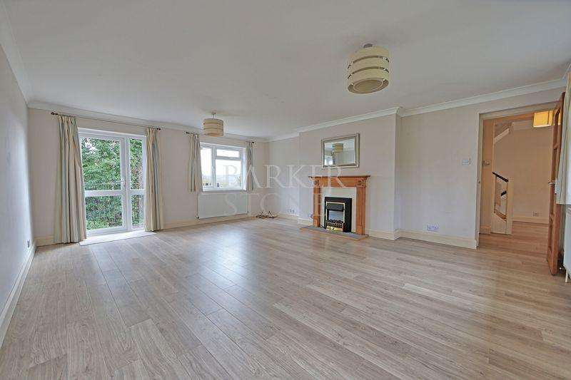 4 Bedrooms Detached House for rent in Spacious Spinfield family home