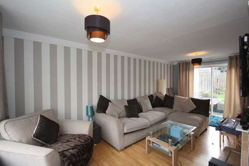 3 Bedrooms Terraced House for sale in Moordale Avenue, Bracknell