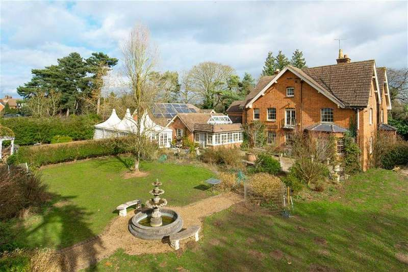 8 Bedrooms Detached House for sale in Mill Green Lane, Mill Green, Hertfordshire