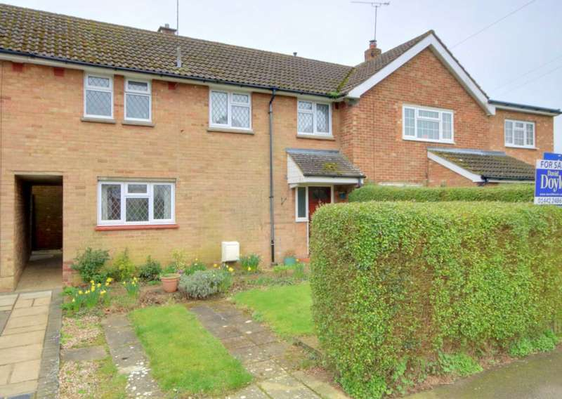 3 Bedrooms House for sale in LOVELY VILLAGE LOCATION LARGE GARDEN & NO UPPER CHAIN