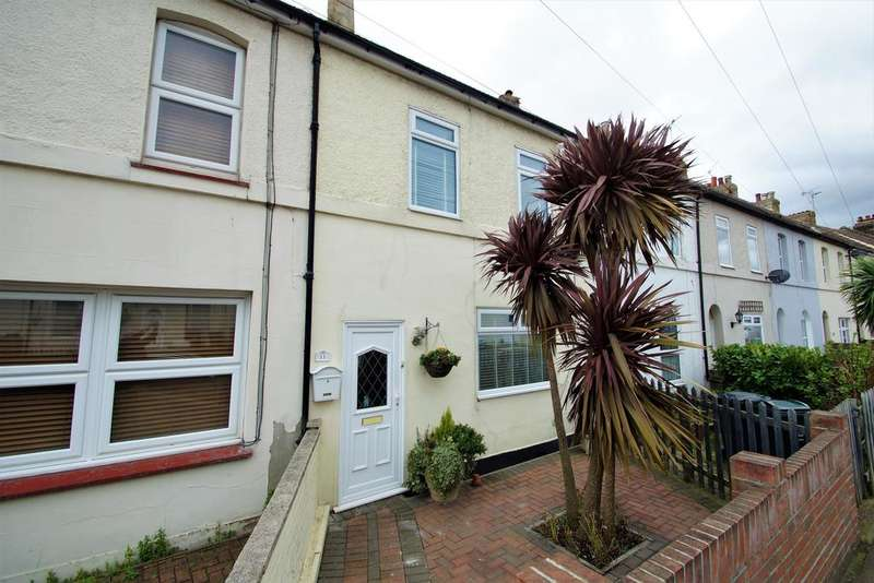 2 Bedrooms Terraced House for sale in Stanhope Road, Swanscombe, Kent, DA10 0AN