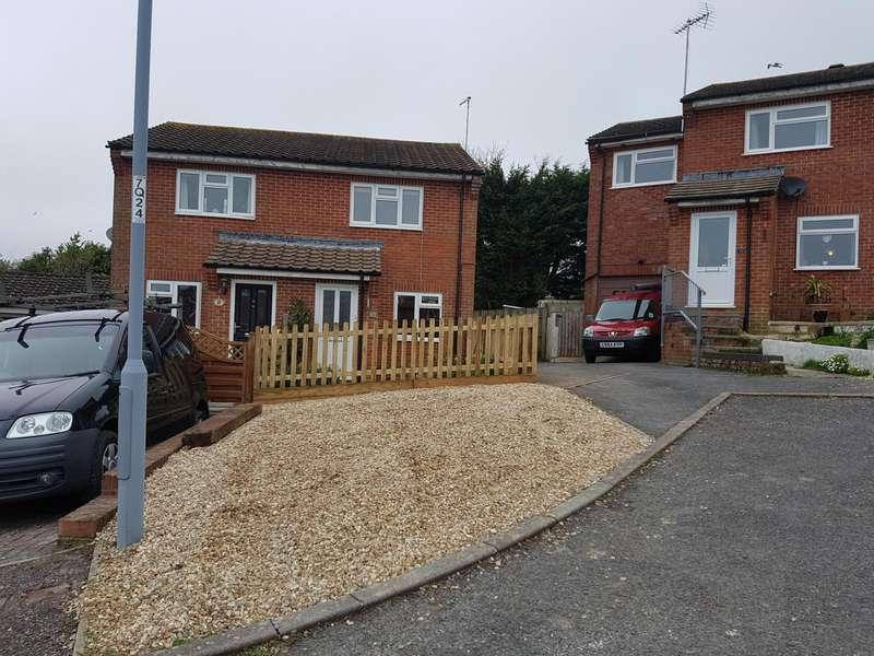 Property for rent in Queens Walk , Lyme Regis
