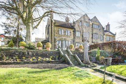 5 Bedrooms Semi Detached House for sale in Bromley Road, Bingley, West Yorkshire