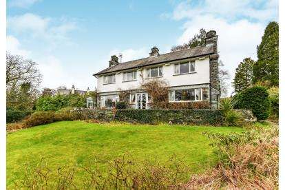 3 Bedrooms Detached House for sale in Cornbirthwaite Road, Windermere, Cumbria, LA23
