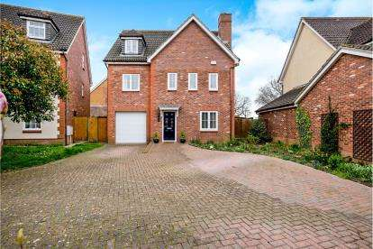 6 Bedrooms Detached House for sale in Priddy's Hard, Gosport, Hampshire