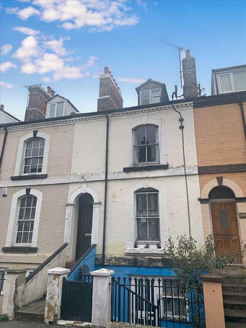 2 Bedrooms Maisonette Flat for sale in Victoria Street, Harwich