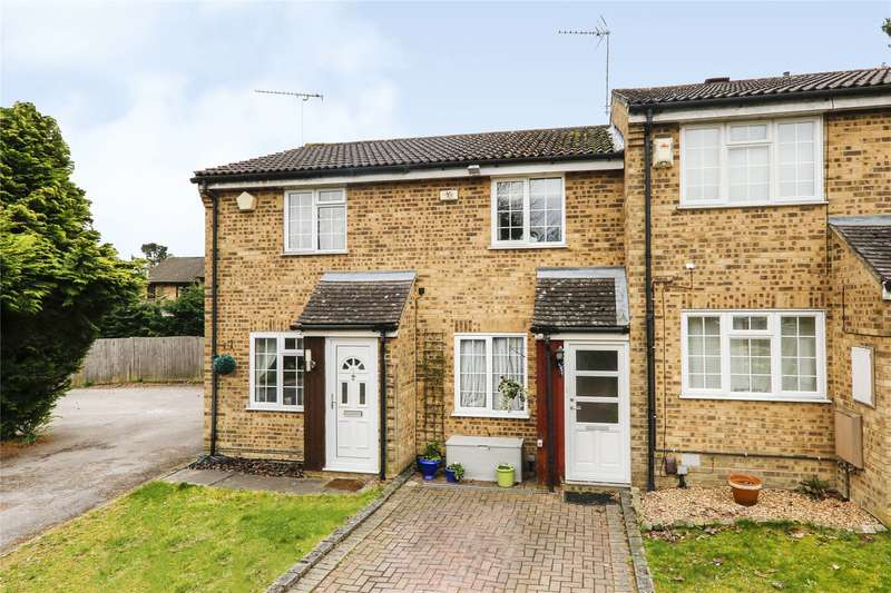 2 Bedrooms Terraced House for sale in Crofton Close, Bracknell, Berkshire, RG12