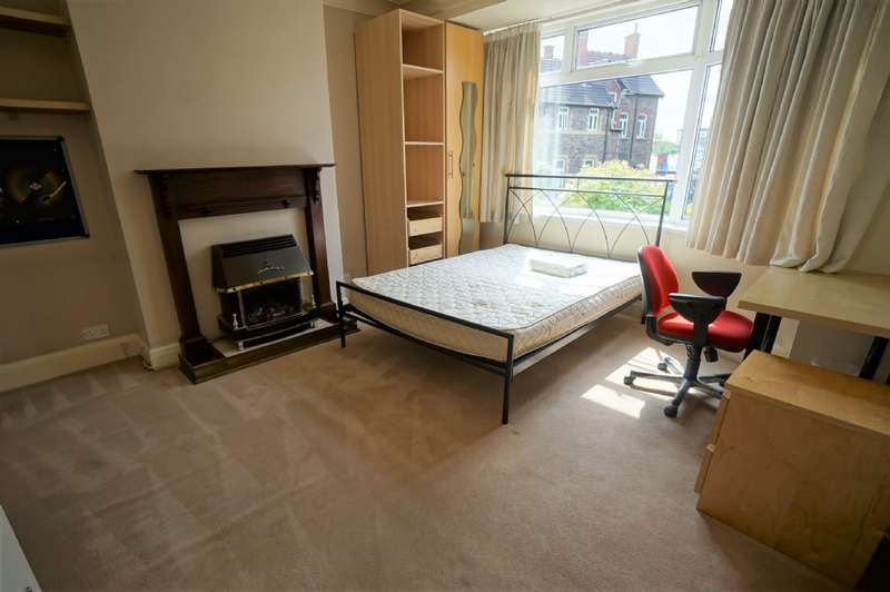 5 Bedrooms Terraced House for rent in Snowdon Road, Fishponds, BS16