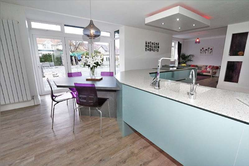 5 Bedrooms Detached House for sale in Kings Road, Colwyn Bay, Conwy