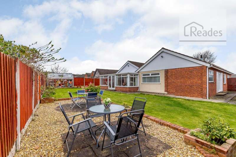 6 Bedrooms Detached Bungalow for sale in Wirral View, Connah's Quay CH5 4