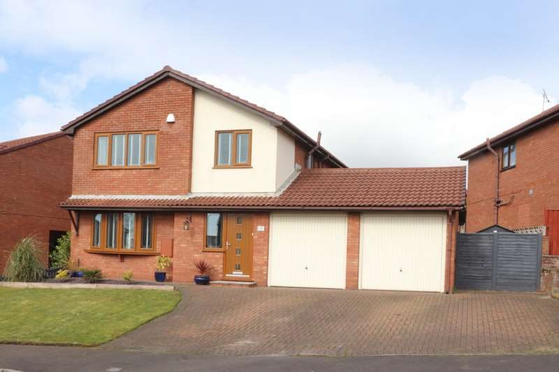 4 Bedrooms Detached House for sale in Kestrel Park, Skelmersdale, Lancashire, WN8