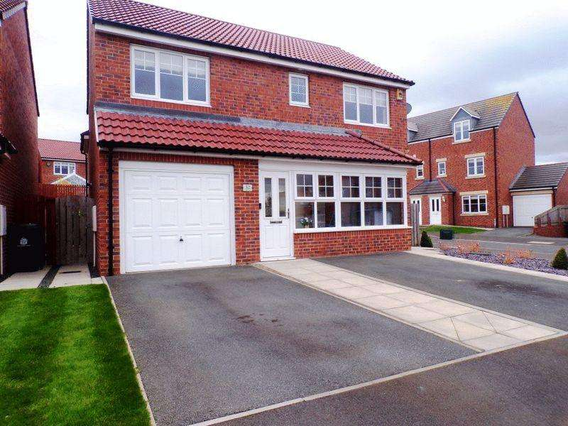 4 Bedrooms House for sale in Cawfields Close, Wallsend - Four Bedroom Detached House