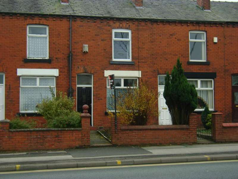2 Bedrooms Terraced House for sale in Wigan Road, Bolton BL3