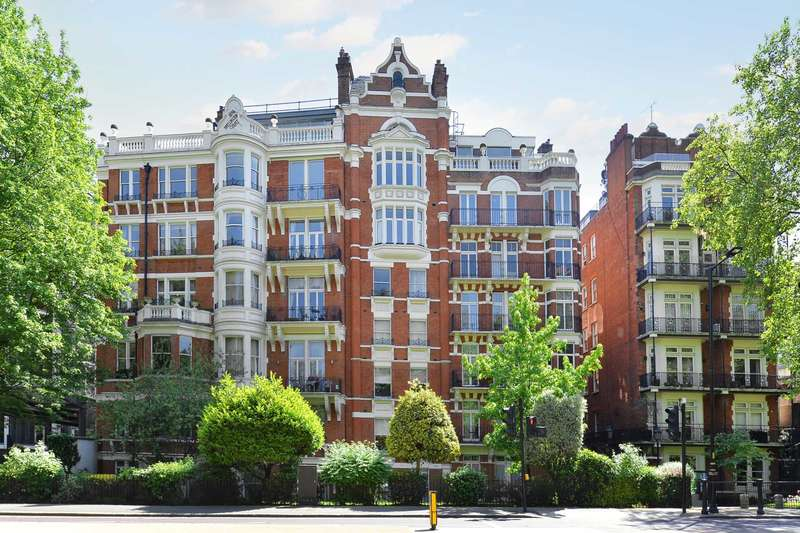 6 Bedrooms Apartment Flat for sale in Wellington Court, Knightsbridge SW1X