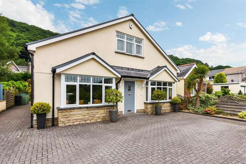 3 Bedrooms Detached House for sale in New Road, Jersey Marine, Neath