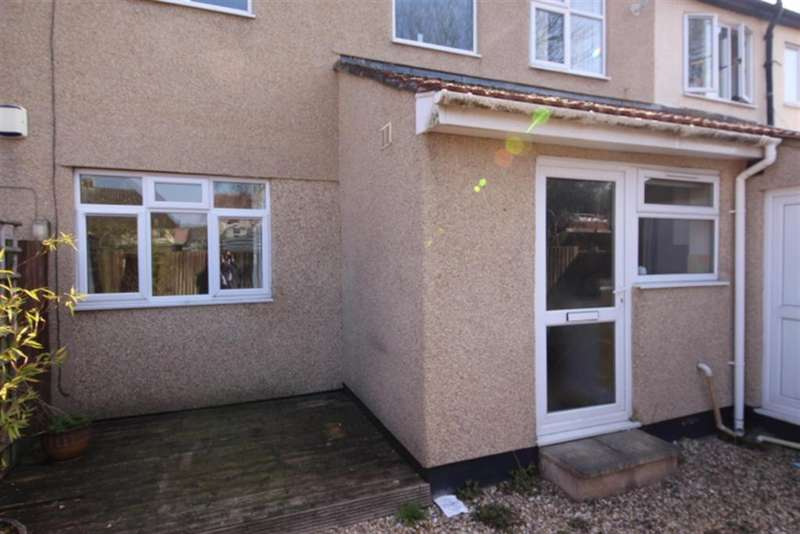 2 Bedrooms Ground Flat for sale in Soundwell Road, Soundwell, Bristol, BS16 4RT