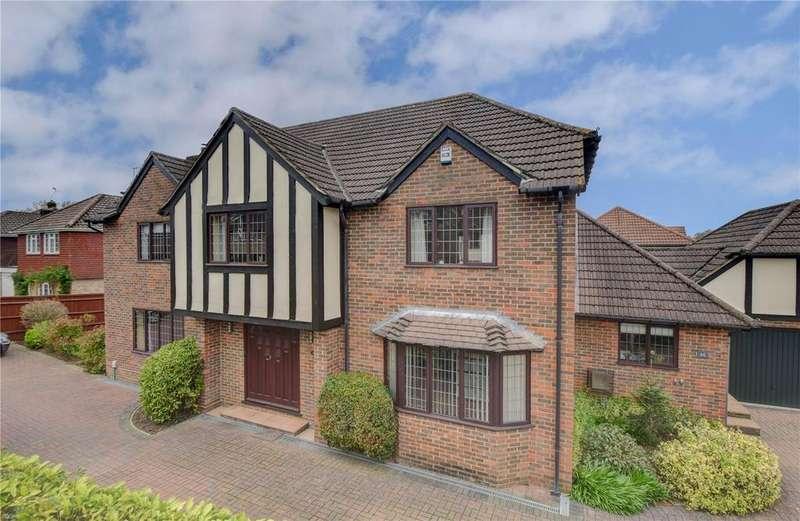 4 Bedrooms Detached House for sale in Heathfield Road, Petersfield, Hampshire