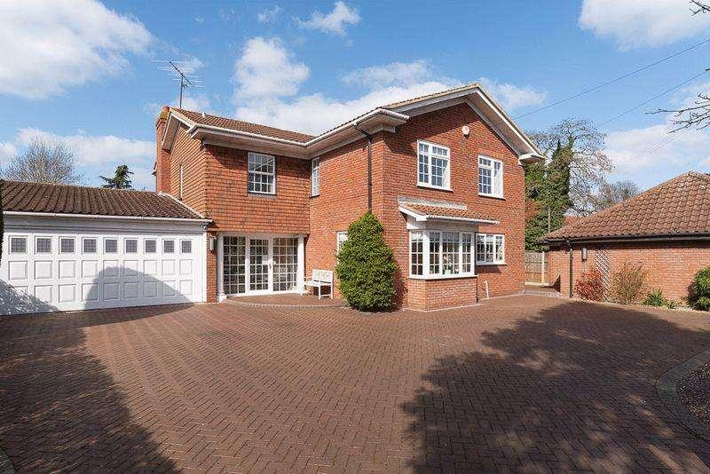 4 Bedrooms Detached House for sale in Putnoe Lane, Bedford, Bedfordshire, MK41
