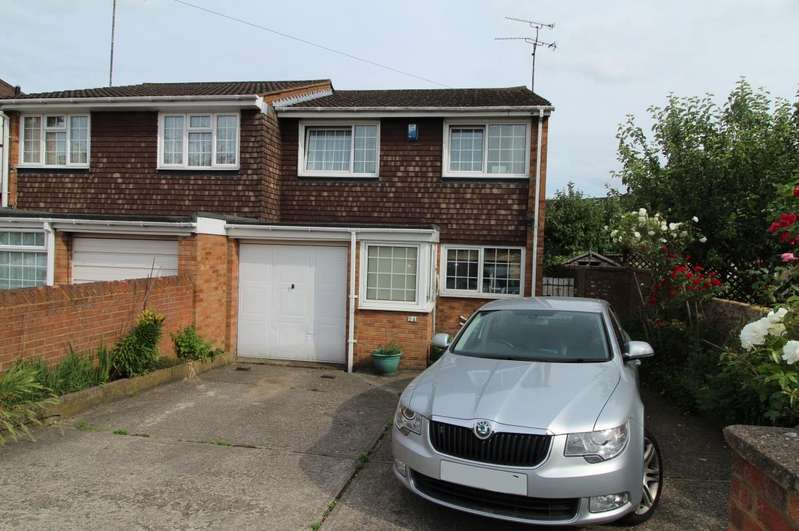 4 Bedrooms Property for sale in Oakley Close, Luton