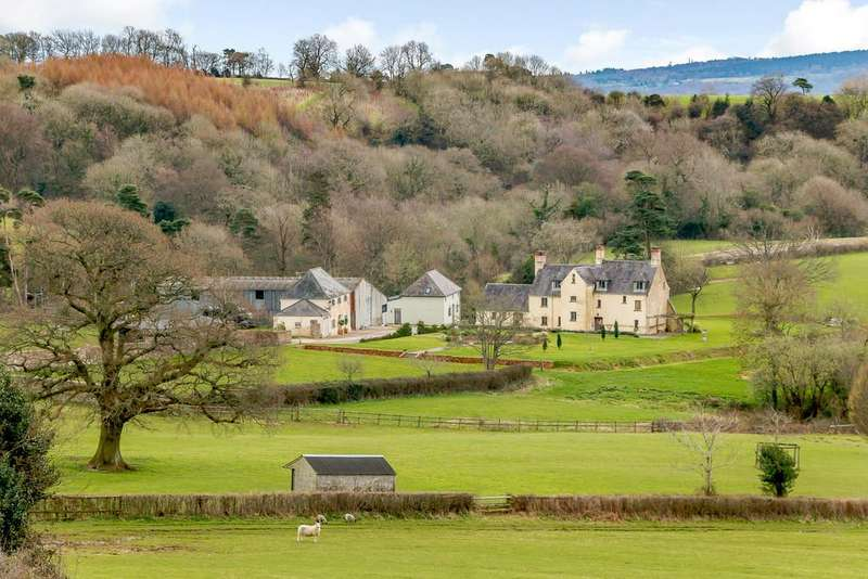 5 Bedrooms Farm House Character Property for sale in Llangybi, Monmouthshire